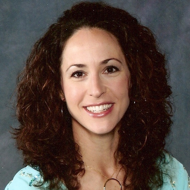Lisa SchmidtHistory Bites